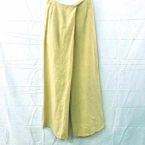87b16a555b Giorgio Armani Women's Wide leg Ankle pant Size 44